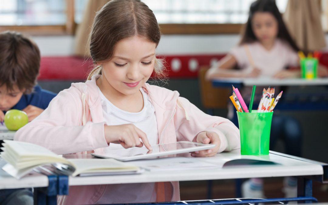Primary school shares online resources