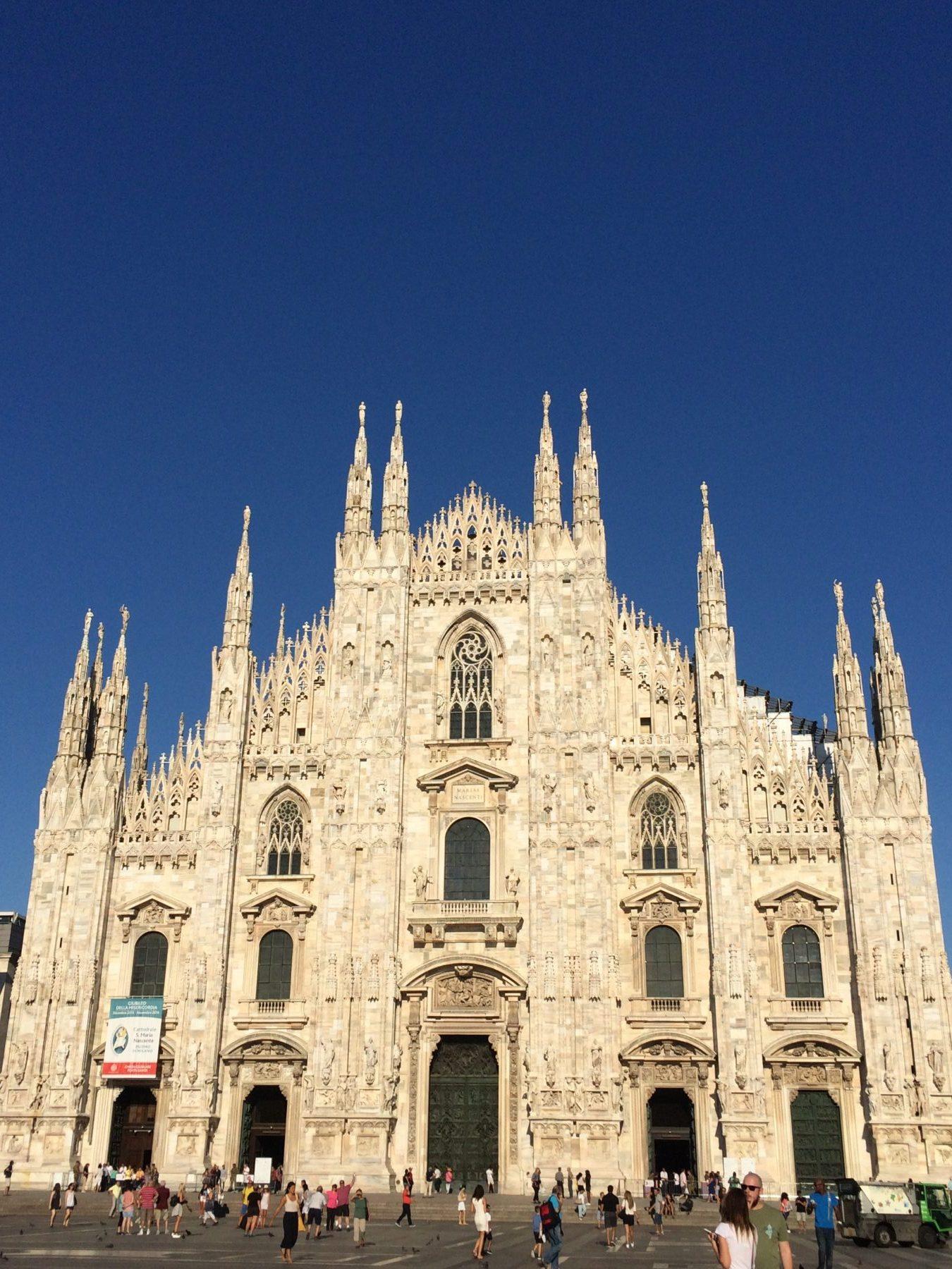 Come nell'indolenza di una caldissima estate, tra sonnellini e zanzare, ci siamo innamorati di Milano